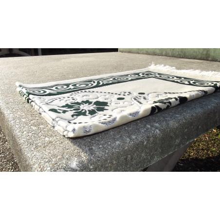Tapis de Prière - Fond Sable - Motif fleurs - couleur Vert Sapin