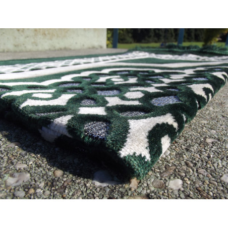Tapis de Prière en Velours - Contour Géométrique - Couleur Fond Vert Sapin