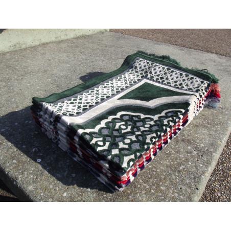 Tapis de Prière en Velours - Contour Géométrique - Fond Vert Sapin