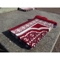 Tapis de Prière en Velours - Contour géométrique - Fond Rouge écarlate