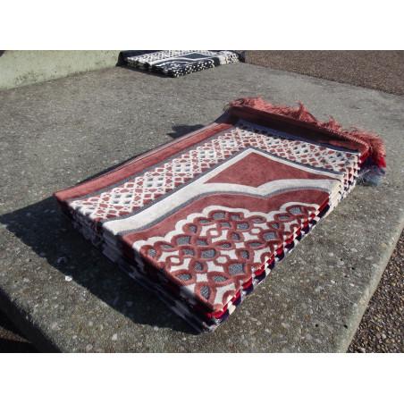 Tapis de Prière en Velours - Contour géométrique - Fond Marron Claire